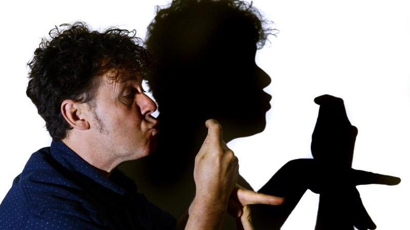 Ray Crowe - Magician